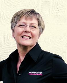 Lisa Persdotter är konsult, föreläsare, utbildare och projektledare.