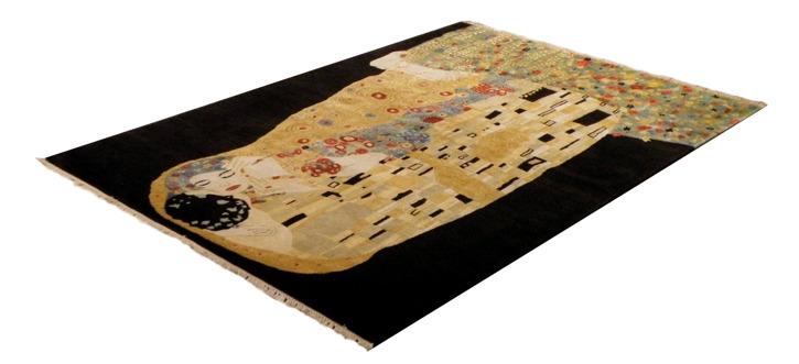 """K20076194/7127 - Anna Puna knuten efter Gustav Klimts """"Kyssen"""" 139x202 cm - 25.565:-"""