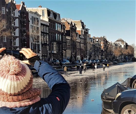 Skridskoåkning på Prinsengracht.