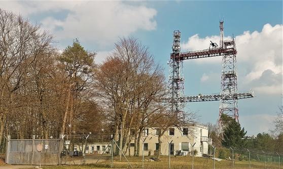 Torii Tower utanför Dannenberg. En gång BFBS sändartorn. Nu mobil och TV-master och lite lagom övervakning av NSA.