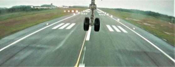 Air Caraibes på väg att landa i Cayenne.