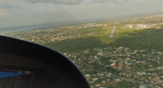 På väg in för landning på Ogle airport, Georgetown, Guyana februari 2020.