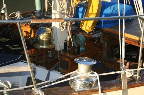 Sittbrunnen i båten ovan.