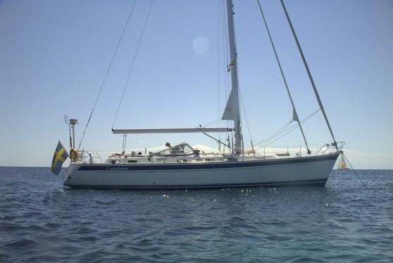 Anders Ljungkvists båt. Fotograferad i Medelhavet. Den heter Castellanus. Döpt efter en slags upptornande moln som förebådar förfärliga åskväder.