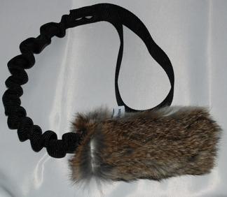 Träningsleksak Nova kanin expander - Träningsleksak Nova kaninskinn, svart handtag
