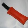 Nyckelring - Skinndummies orange, mässingpläterad