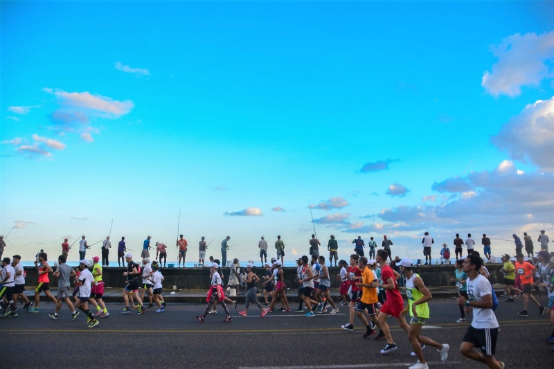 Enjoy the sun, nice climate, great beaches, crystal clear water and a fabulous caribean atmosphere when you go with Globalrunners to Cuba.