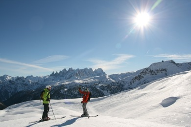 Once in your life, you can come along and traverse the Dolomites from one race to the next - on skis.