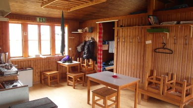 The cottage is self-catering, with Corona-adapted accessibility.