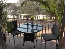Balkong på Grand Beach Condominium Mae Phim
