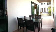 Terassen i en lägenhet på Palm Leaf Mae Phim