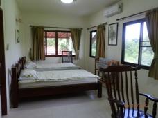 Sovrum lägenhet Phe Village Thailand