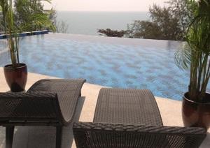 Poolområde Grand Beach lägenhetshotell