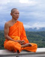 Thailänds munk mediterar