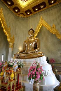 Wat Traimitr Bangkok golden buddha