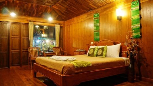 Excutive Cottage Baan Baitan Resort Mae Phim