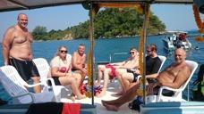 Trevligt med båtutflykt i Ban Phe