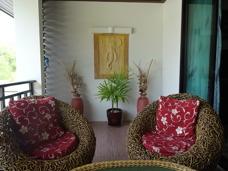Balkong med blomma Palm Leaf