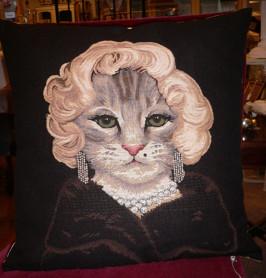 Kudde med kattmotiv Marilyn Monroe