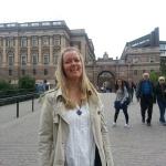 Besök också Bok & Bild ( www.bokochbild.se ) på Drottningatan 9 i Stockholm. Där kan du hitta mycket bra fynd. Själv köpte jag faktaböckerna om Sverige och Stockholm. Se böckerna på den här sidan! :D