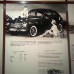 På 50-talet ökar fritiden, samtidigt som den stigande standarden gör det möjligt för alltfler att förverkliga drömmen om en egen bil.