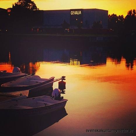 Bild nr. 5 Alexandra Jansson @alexandrasjansson har fotograferat Gavleån och även en bild på kaffefabriken Gevalia.