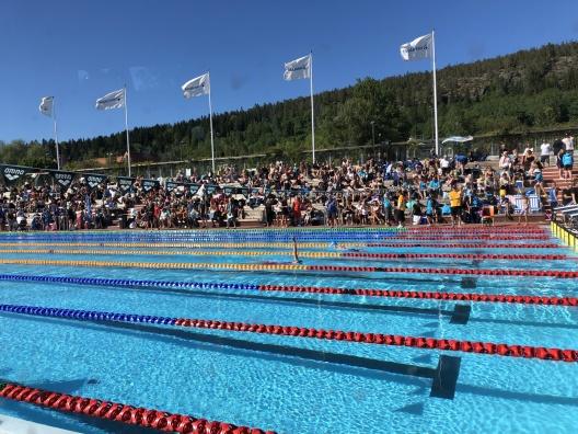 Sundsvalls SIm på Sporthallsbadet i Sundsvall. Nya tävlingslinor från ANTIWAVE och Swim Systems Scandinavia med perfekt passning.!