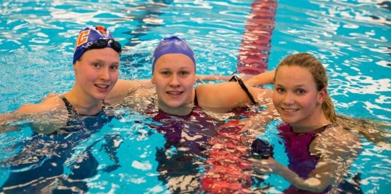 Renate Knutsen, Hedda Øritsland og Marte Løvberg. FOTO: Øyvind Thorsen/lsvk.zenfolio.com
