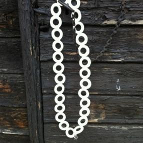 Virkat halsband (Vit)