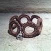 Virkat armband (mellanbrun)