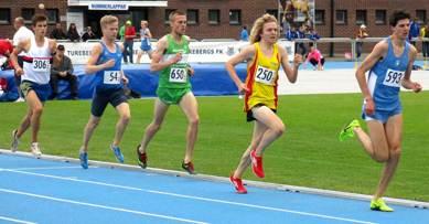 John i rödgul comeback på 3000 meter och klubbrekord