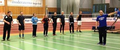 Fotte kör ett längdpass för att utbilda coacherna Foto: Peter Engström
