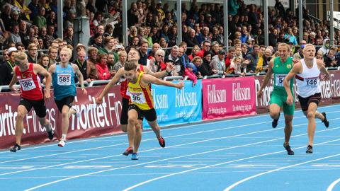 """SM-guld 200 meter T""""King"""" B avrundar """"Superhelgen"""" med 6 vinster!"""