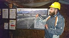 Lokal guiden Ajdin i Ravne tunnlarna