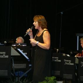 Konsertens och Storbandets sångsolist Ingrid Lindebratt
