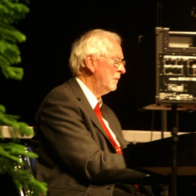 Kvällens pianist Bengt Tjäder.