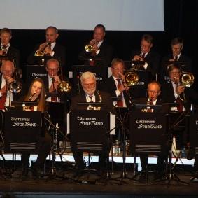 Fullt Brass.  Västerviksstorband.