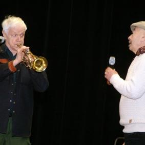 Jan Allan och Hayati Kafe.