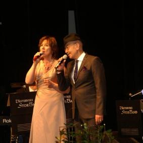Ingrid Lidebratt och Hayati Kafe i en smäktande duett