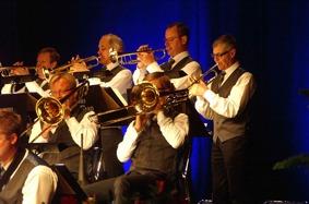 Trombone: Jonas Ålstam,Patrik Ålstam. Trumpet. Mats Nilsson ,Nils-Inge Andersson,Tommy Persson, Jan-Ove Pettersson.