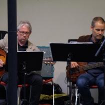 Gitarr: Leif Hedman , Bas: Tobias Redborn