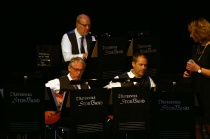 Kompgruppen Leif Hedman Girarr ,Tobias Redborn Bas , Magnus Eklöv Piano