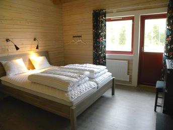 Boka/hyra boende i stor stuga i Våxtorp mellan Vallåsen och Laholm