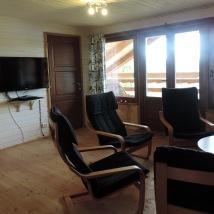 TV rum med balkong