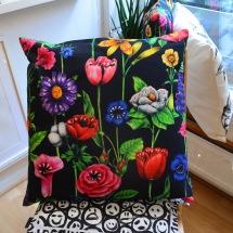 Pillowcase: Vicious Flowers