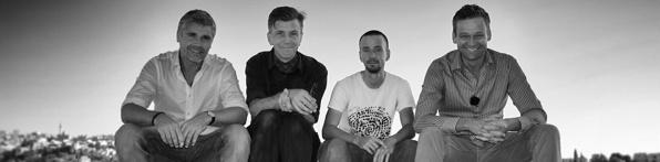 Från vänster: Richard Holmgren (arkeolog), Mats Borg (producent), Oskar Idin (fotograf), Joachim Vogel (programledare)
