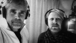Richard Holmgren och programledare Tobias Svanelid pratar om Noa och hans ark