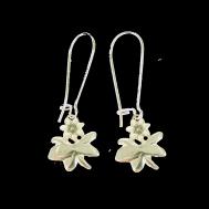 V-blomma liten örhängen
