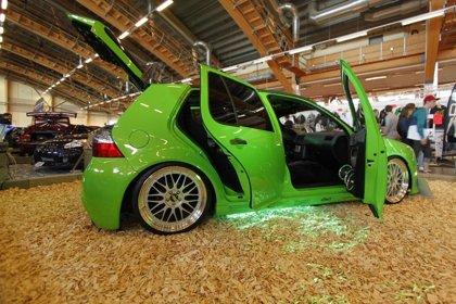 Rasmus Blom's VW Golf 4 ljudbil. Här uställd på Elmia