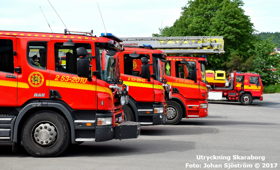Delar av fordonsparken på brandstationen i Skövde.